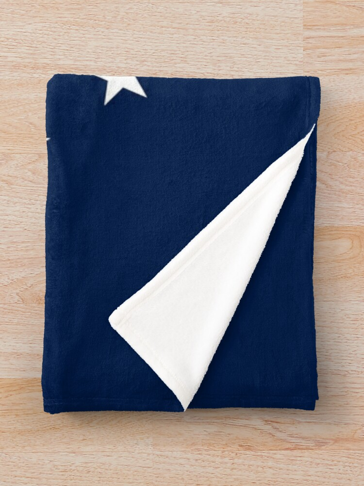 Alternate view of 13 Stars Patriotic Circle Throw Blanket