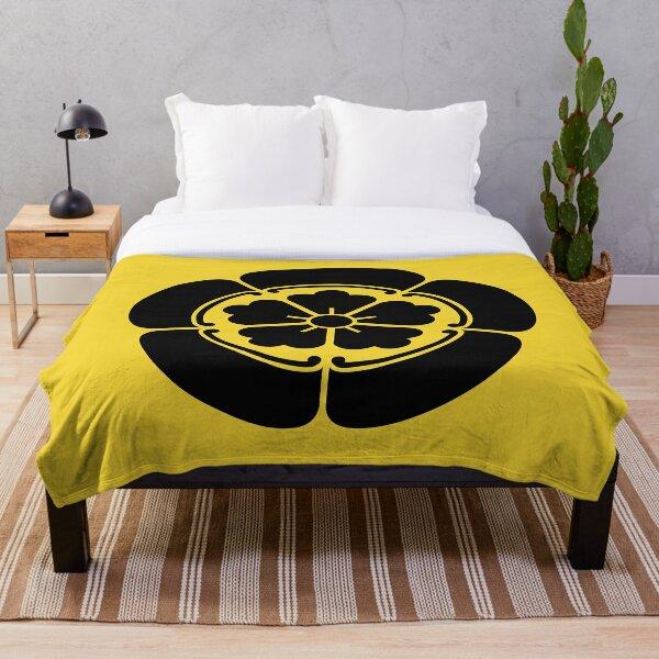 Oda Mon Japanese samurai clan black on yellow Throw Blanket