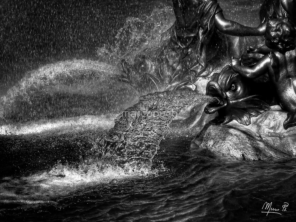 Neptune fountain by marcopuch