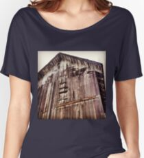 Distressed Barn in Wine Country  Women's Relaxed Fit T-Shirt