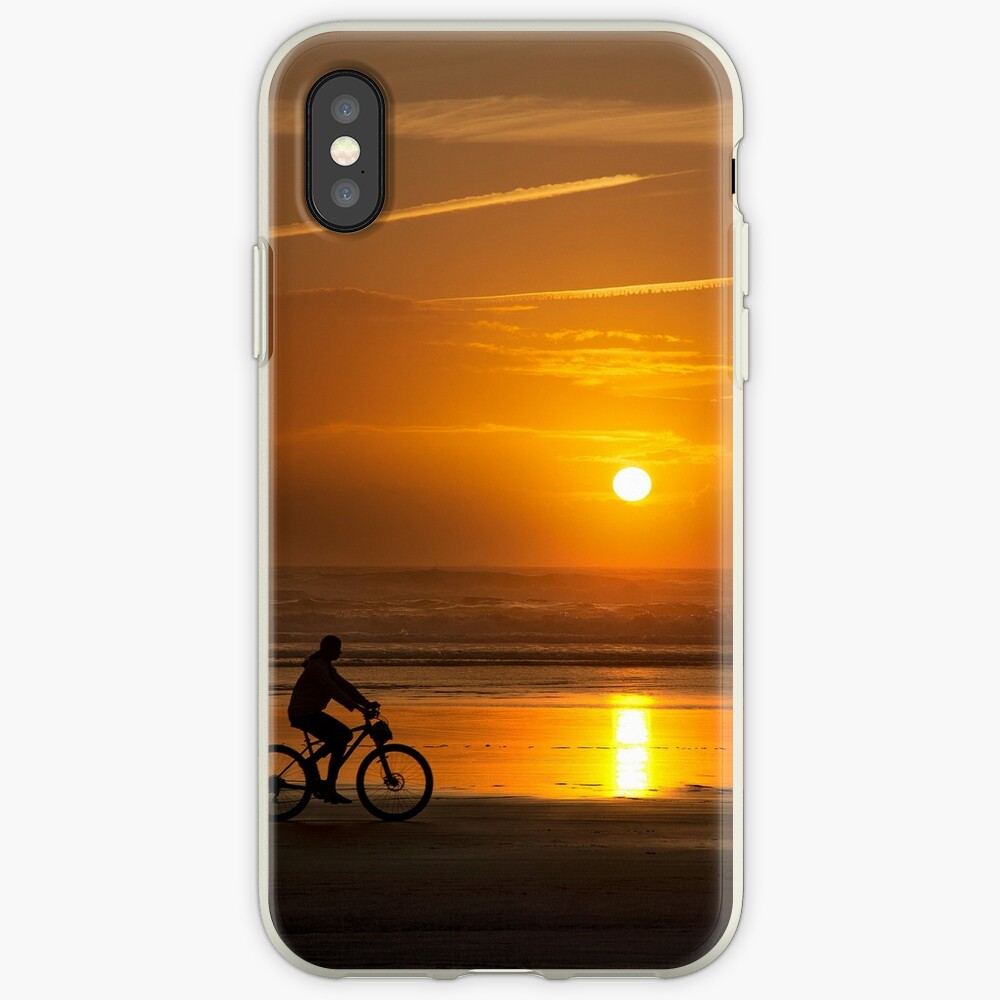 Silhouette of a cyclist along Cannon Beach Oregon iPhone Case & Cover