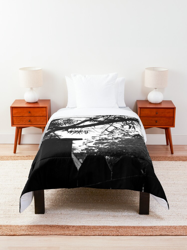Alternate view of Outside the Window Comforter