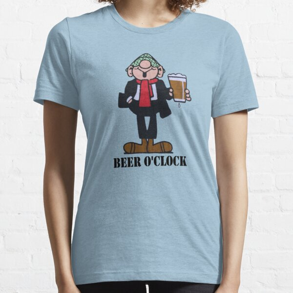 ANDY CAPP BEER O CLOCK Essential T-Shirt