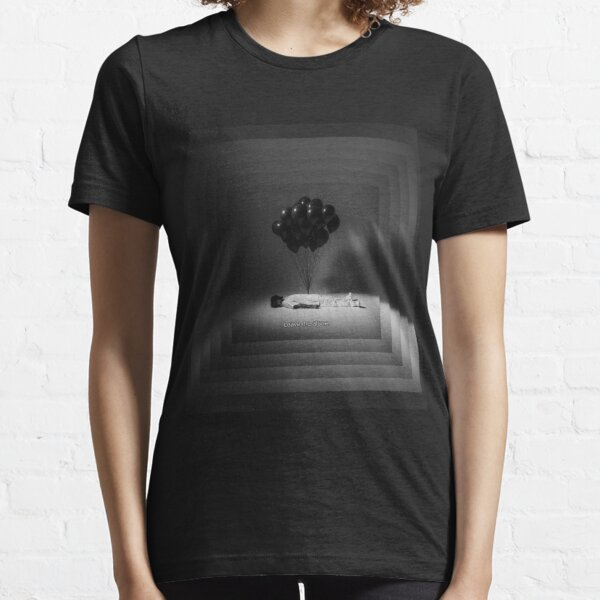 Leave me alone Essential T-Shirt
