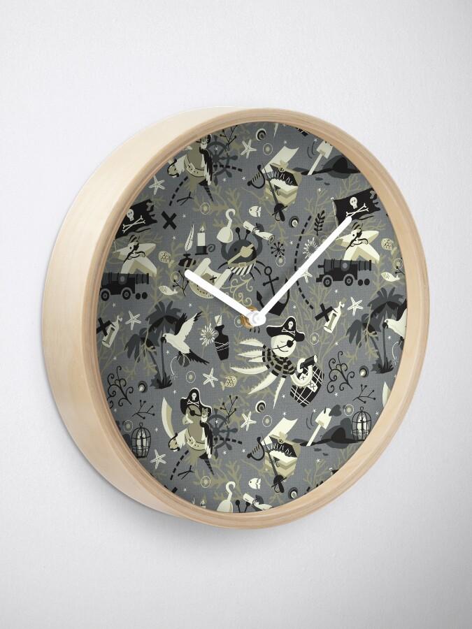 Alternate view of Treasure hunters Clock