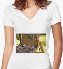 Toolbox Women's Fitted V-Neck T-Shirt