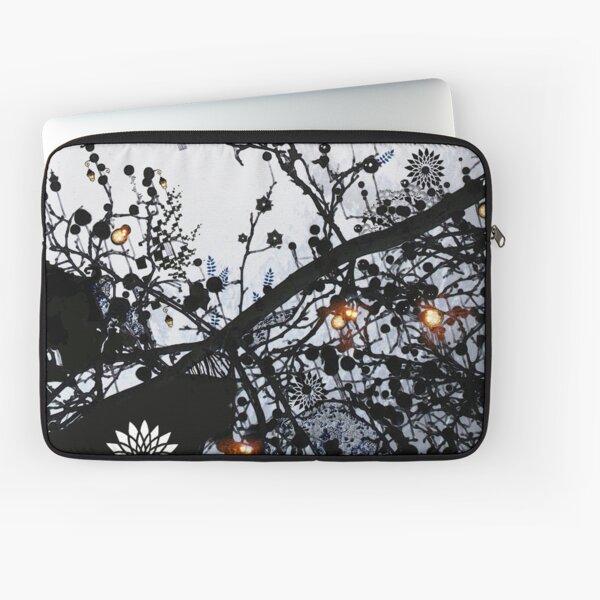 Forêt onirique Laptop Sleeve