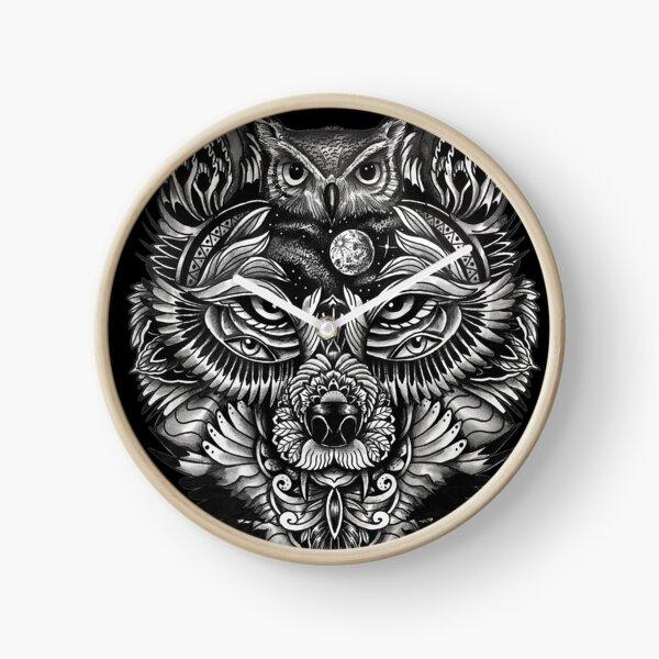 Night Wolf Clock