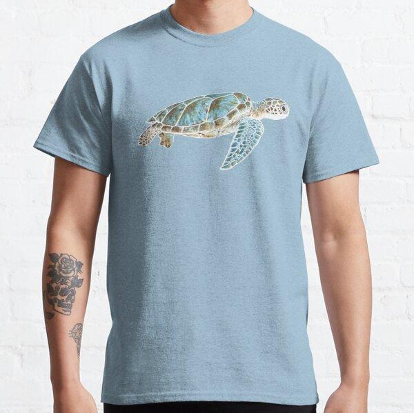 Sea turtle underwater Classic T-Shirt