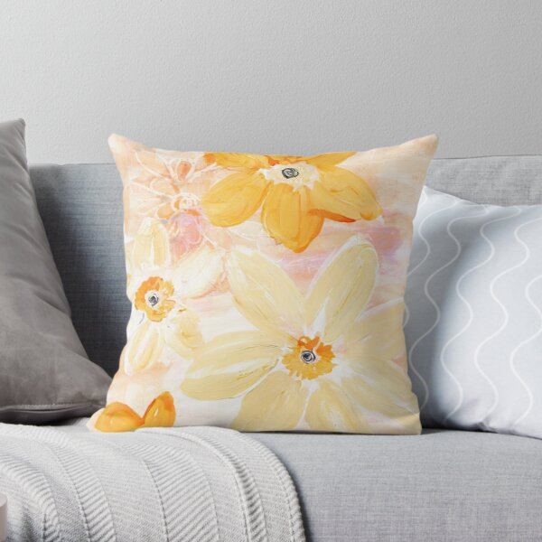 BUTTERCREAM FLORAL Throw Pillow