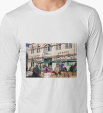 Salamanca Fruit Market Hobart Tasmania Long Sleeve T-Shirt