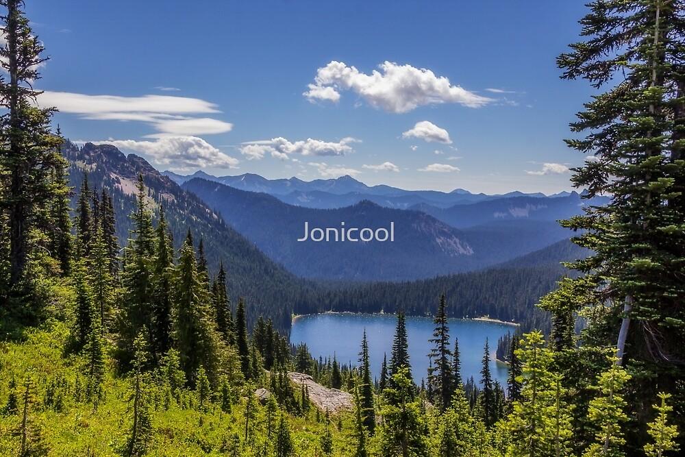 Dewey Lake Mt Rainier National Park by Jonicool