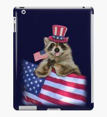 Vinilo o funda para iPad Patriotic Raccoon