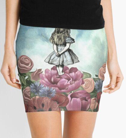 Preguntando a alicia Minifalda