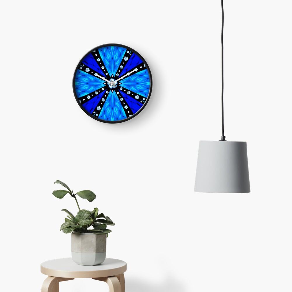 Onyx Beams of Flowers and Gems Clock