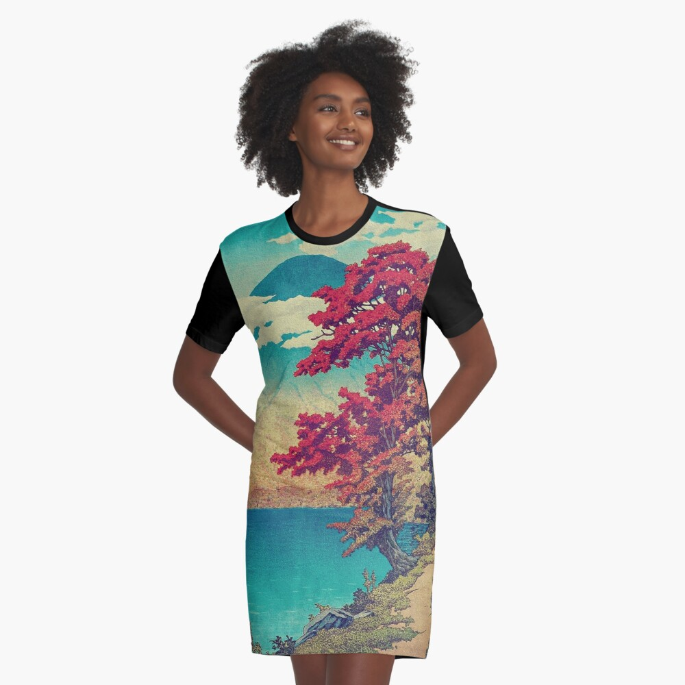 The New Year in Hisseii Graphic T-Shirt Dress