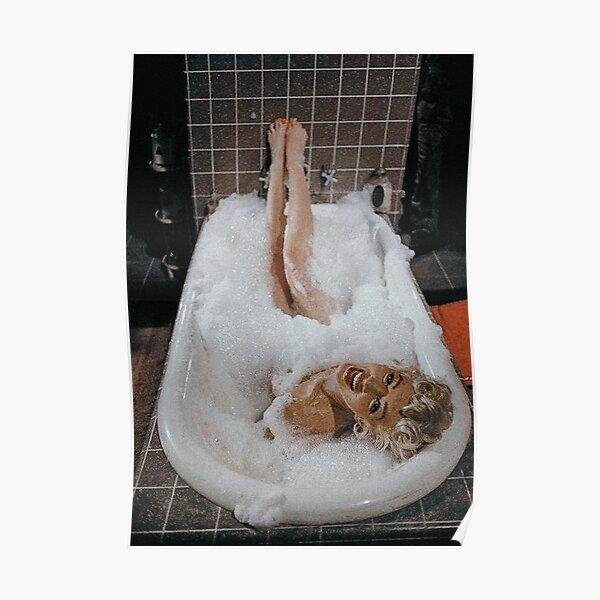 Marilyn Monroe dans la baignoire Poster