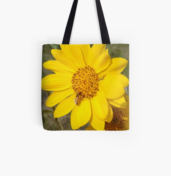 Peek-a-boo spider All Over Print Tote Bag
