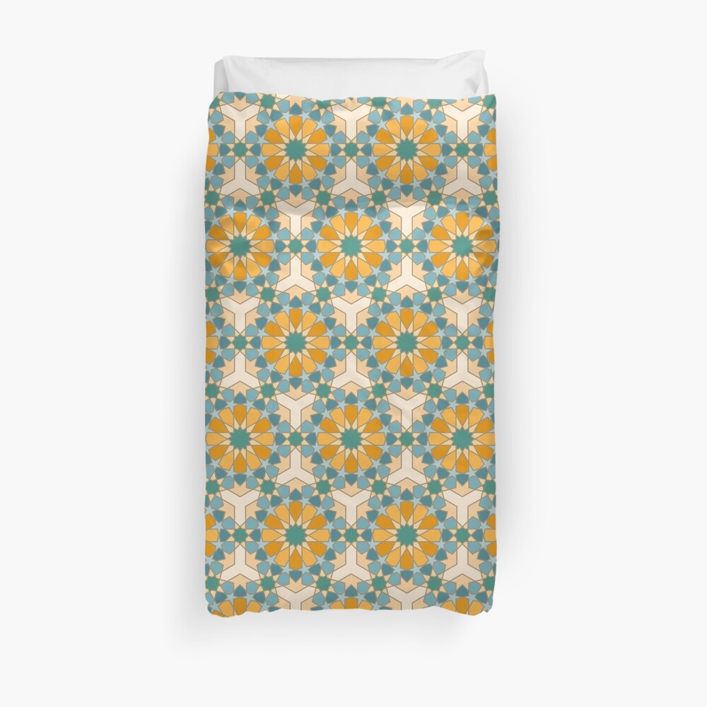 Geometric Pattern: Arabic Tiles: Lily Duvet Cover