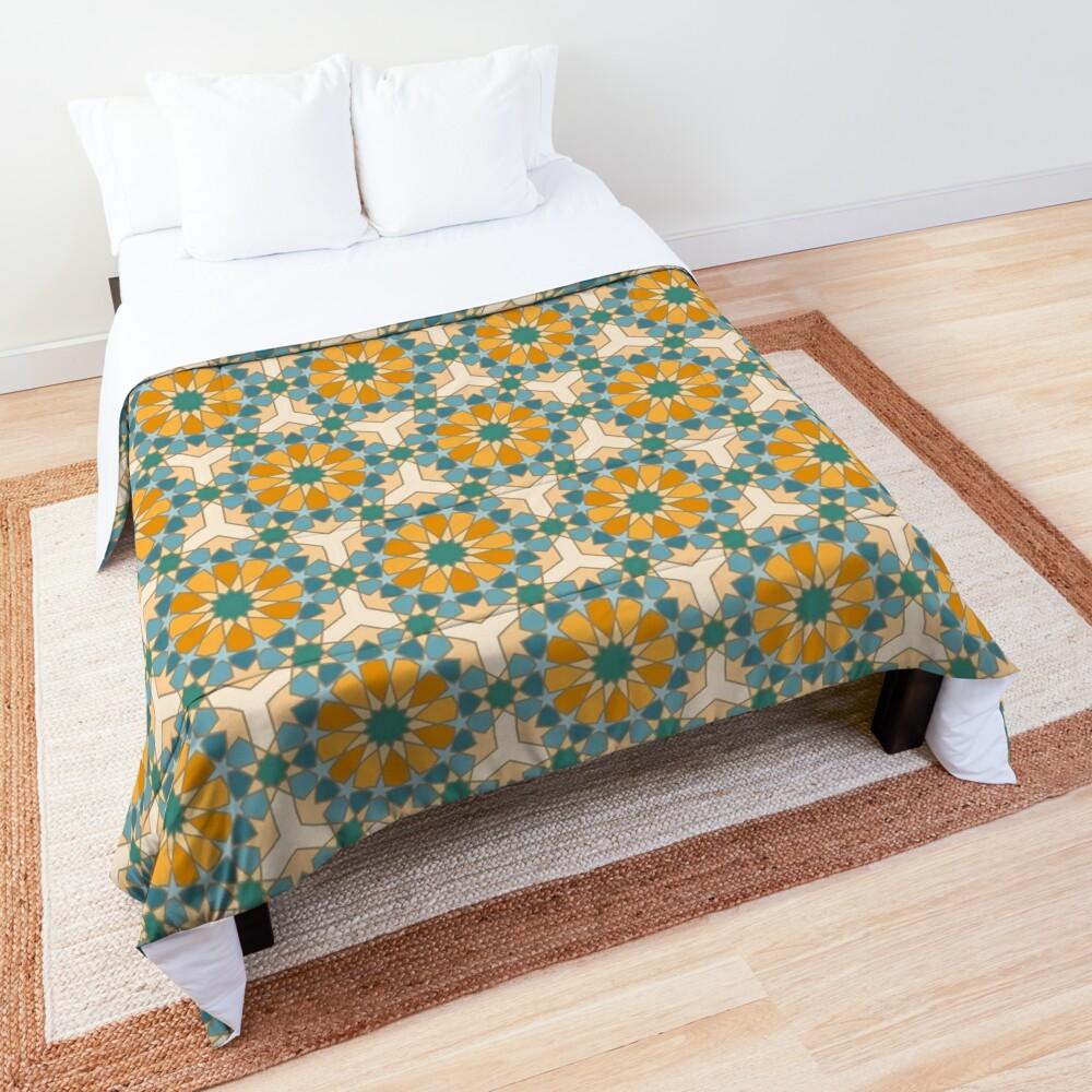 Geometric Pattern: Arabic Tiles: Lily Comforter