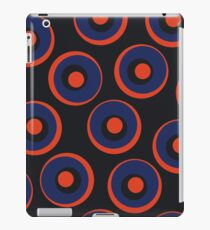 Retro pattern with circles iPad Case/Skin