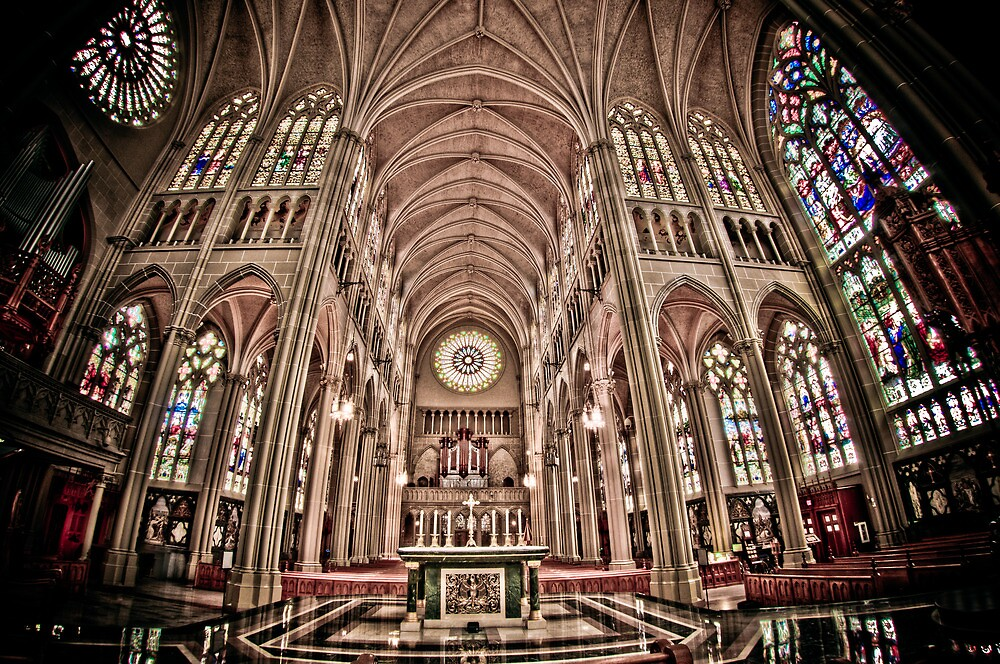St Mary's Covingtion, Kentucky - USA by Jerry Schlagheck