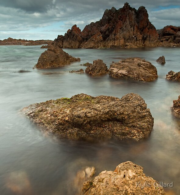 Morning at Church Rock by Kylie  Sheahen