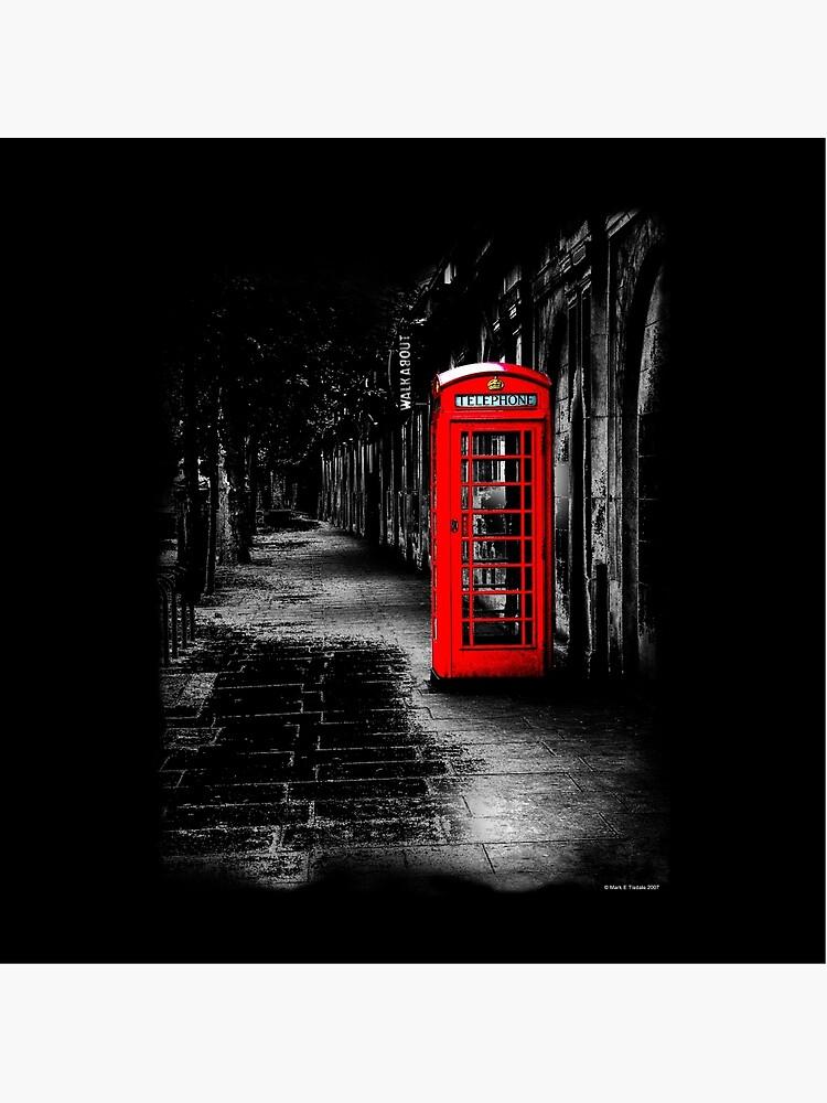 London Calling - Red British Telephone Box von marksda1