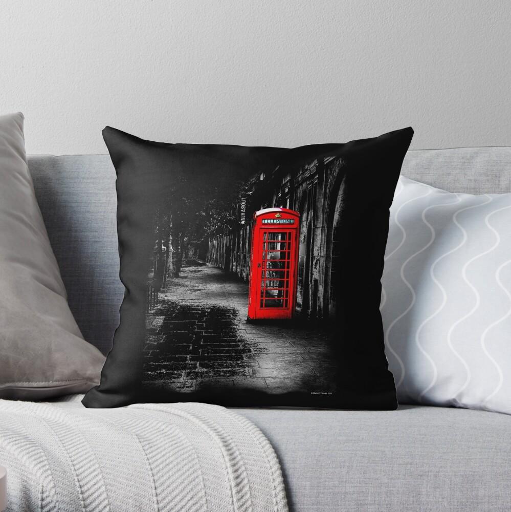 London Calling - Red British Telephone Box Dekokissen