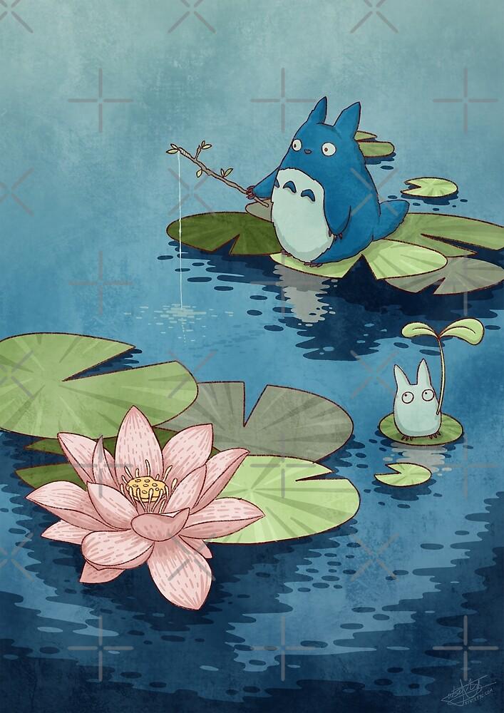Chibitotoro lotus by Roberto Nieto