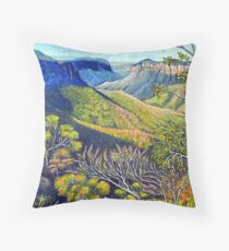 Govetts Leap Lookout, Blue Mountains Throw Pillow