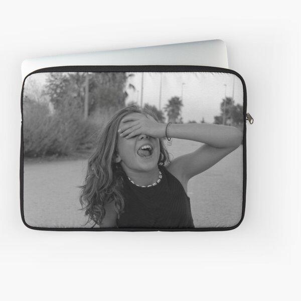 Tumblr inspiriertes Schwarz-Weiß-Foto: Sei sorglos Laptoptasche