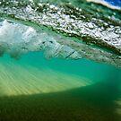 Under the crashing wave by Kana Photography
