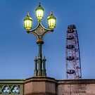 Westminster Bridge Lampe von Londonimages