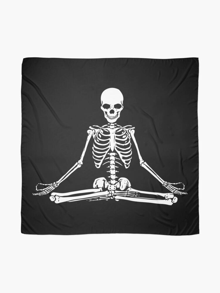 Vista alternativa de Pañuelo Esqueleto Meditando