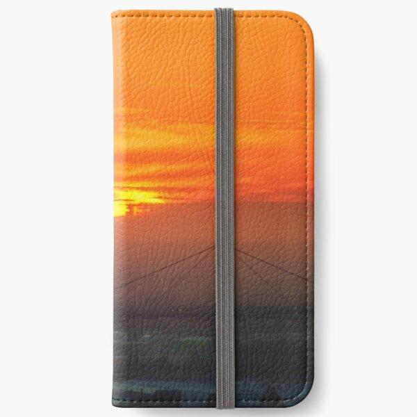 Summer Scorcher V iPhone Wallet