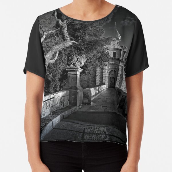 Mdina, MALTA ----THE SILENT CITY, portal 1450 AD Chiffon Top