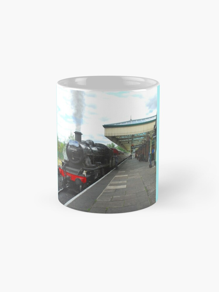 Alternate view of Loughborough Grand Central Station: 'The Elizabethan' Mugs