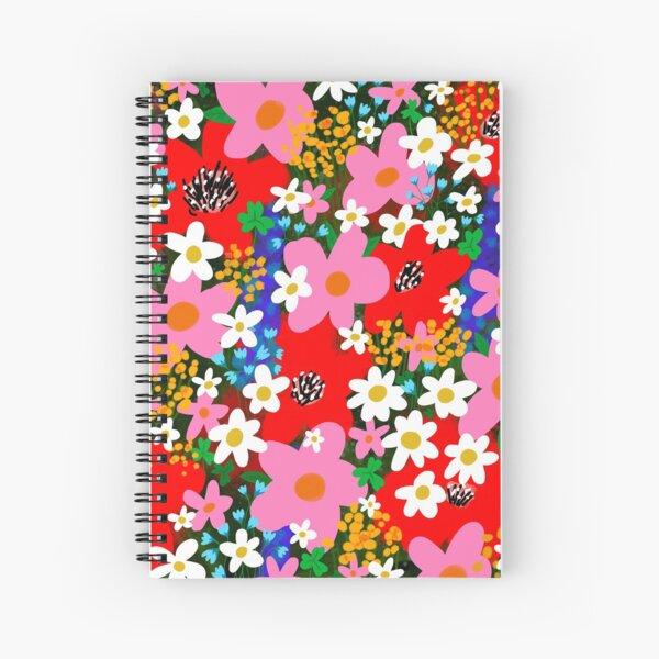 """helle und fröhliche """"Flower Power""""! Mit der originalen handgezeichneten Illustration von JJ eines wunderschönen Blumengartens aus weißen und rosa Gänseblümchen mit hübschen roten Mohnblumen!  ________________ © Der Liebesladen. Eingetragen beim US Cop Spiralblock"""