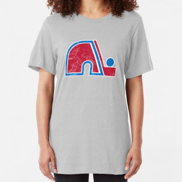Quebec Nordiques Distressed Logo - Defunct Hockey Team - The Northerners - Nordiques de Québec - Canadian Hockey Slim Fit T-Shirt
