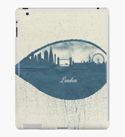 Rainy Day in London iPad Case/Skin