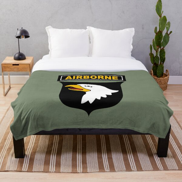 101st Airborne Division (US Army) Throw Blanket