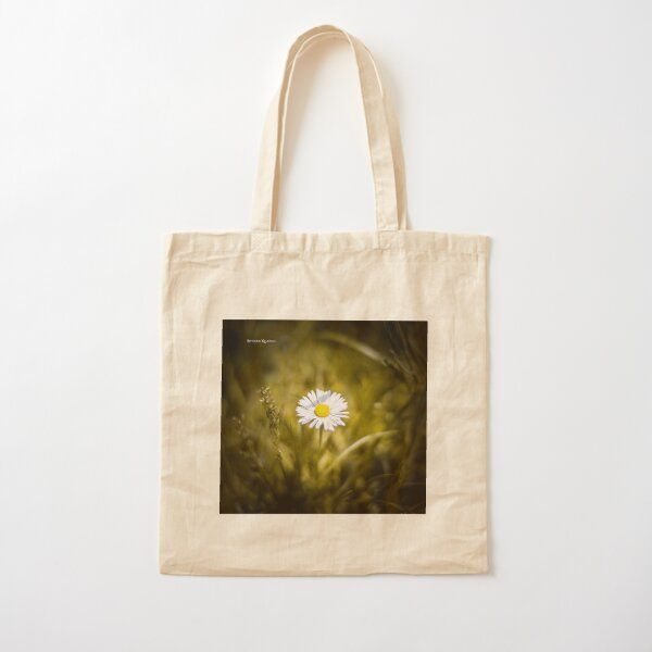 The lonely daisy Cotton Tote Bag