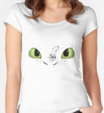 Toothless fiery eyes Women's Fitted Scoop T-Shirt