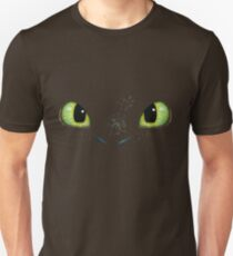 Toothless fiery eyes T-Shirt