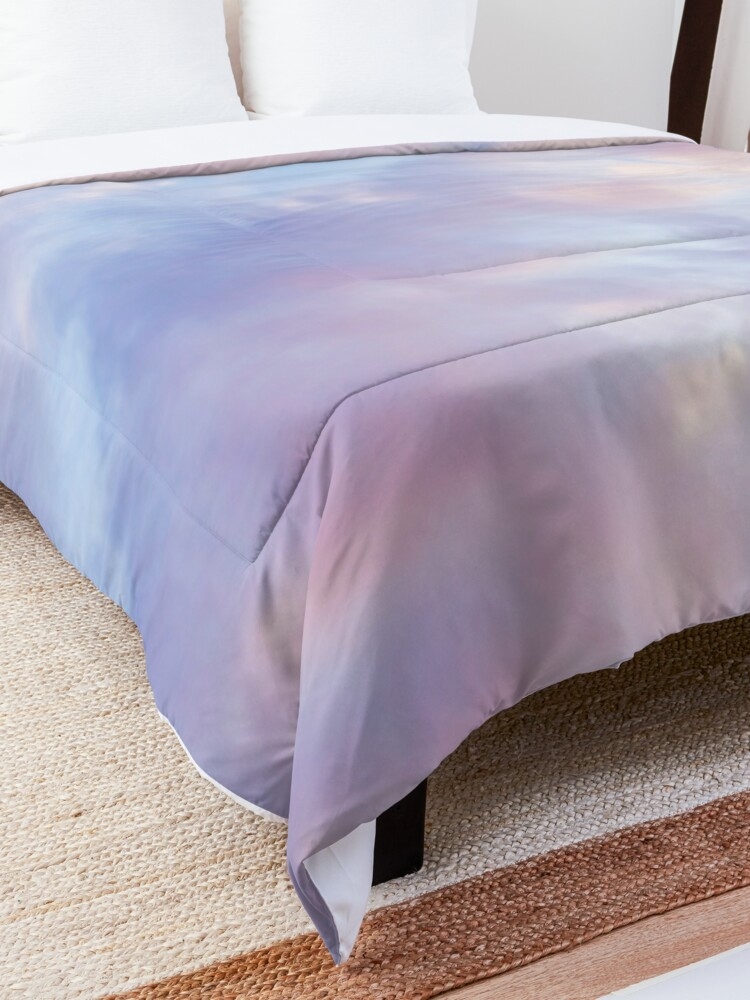 Alternate view of Pink sky Comforter