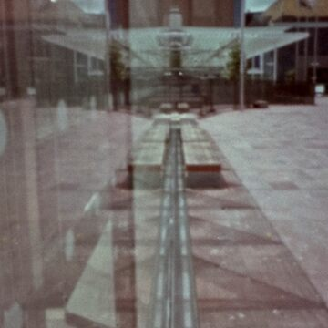 pinhole reflection by watersoluble
