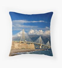 New bridge, old castle Throw Pillow