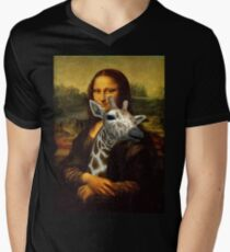Mona Lisa Loves Giraffes T-Shirt