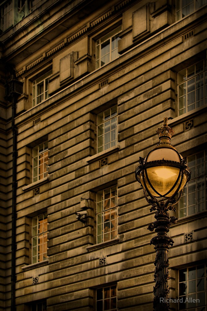 Street Lamp by Lea Valley Photographic
